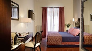 Comfort Room, 1 Queen Bed with Sofa bed