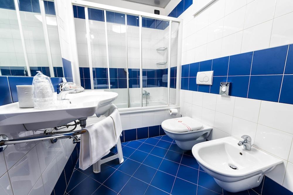 호텔 웨스트 포인트(Hotel West Point) Hotel Image 24 - Bathroom
