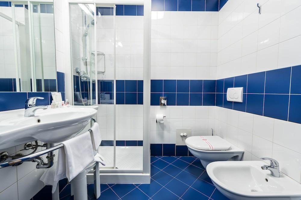 호텔 웨스트 포인트(Hotel West Point) Hotel Image 28 - Bathroom