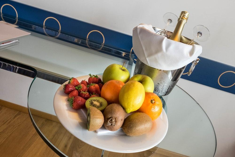 호텔 웨스트 포인트(Hotel West Point) Hotel Image 23 - Room Service - Dining