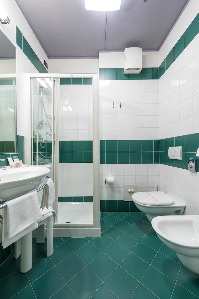 호텔 웨스트 포인트(Hotel West Point) Hotel Image 25 - Bathroom