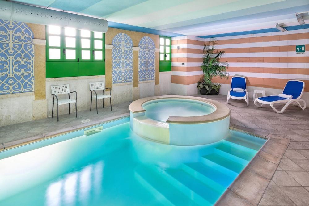 호텔 웨스트 포인트(Hotel West Point) Hotel Image 30 - Indoor Pool