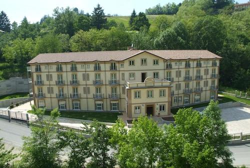 __{offers.Best_flights}__ Hotel Valentino
