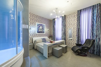 Deluxe Double Room (with jacuzzi)