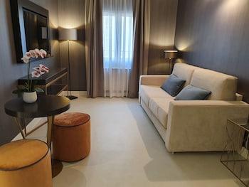 Hotel - Maxim Axial