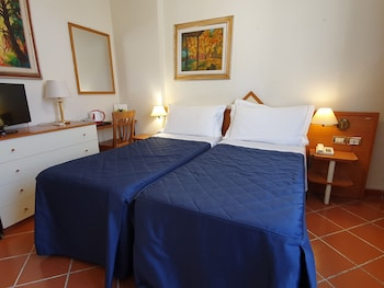 Economy Double Room (SMALL - Stair Access Only)
