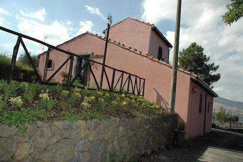 . Borgo San Nicolao