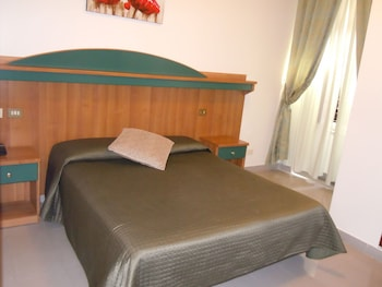 Double or Twin Room, Private Bathroom