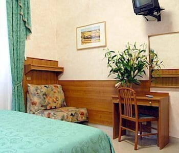 Double Room Single Use, Private Bathroom