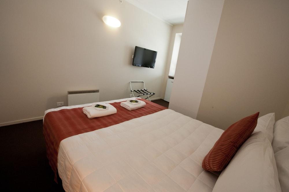 City Lodge Accommodation - Hostel