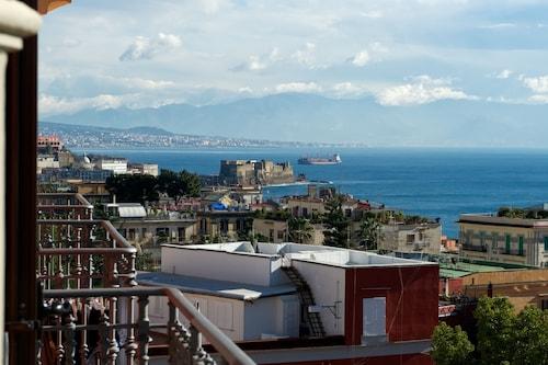 Casa Tonia, Napoli