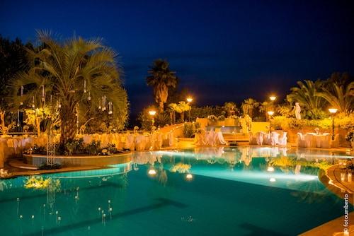 . Hotel Pomara