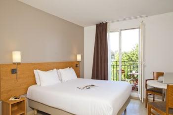 Hotel - Séjours et Affaires Le Magistère - Créteil
