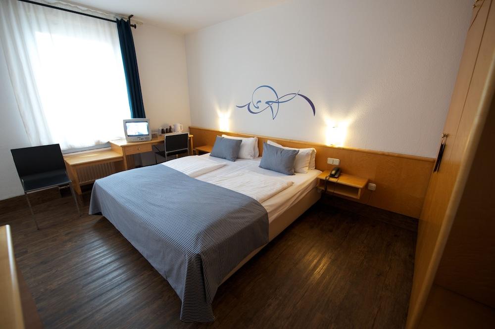 포 유 호스텔 & 호텔(The 4 You Hostel & Hotel) Hotel Image 5 - Guestroom