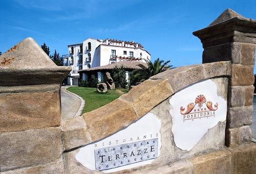 . Hotel Poseidonia