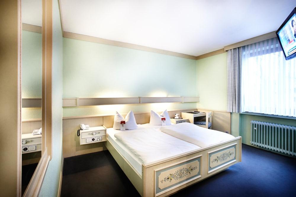 호텔 하노버 에어포트 바이 프리미어 클라세(Hotel Hannover Airport by Premiere Classe) Hotel Image 12 - Guestroom