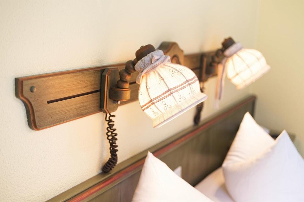 호텔 하노버 에어포트 바이 프리미어 클라세(Hotel Hannover Airport by Premiere Classe) Hotel Image 18 - In-Room Amenity