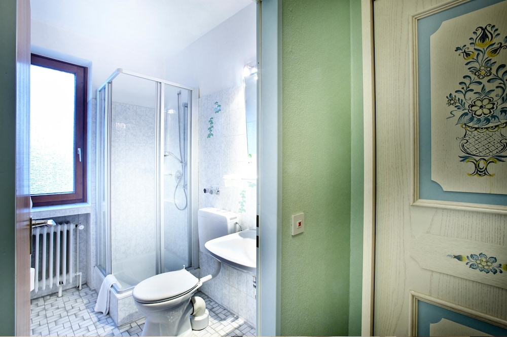 호텔 하노버 에어포트 바이 프리미어 클라세(Hotel Hannover Airport by Premiere Classe) Hotel Image 20 - Bathroom