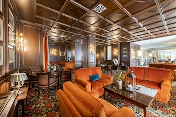 Hotel - The Regency Hotel