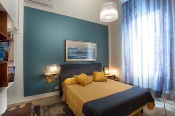 Comfort Double Room, Private Bathroom, City View