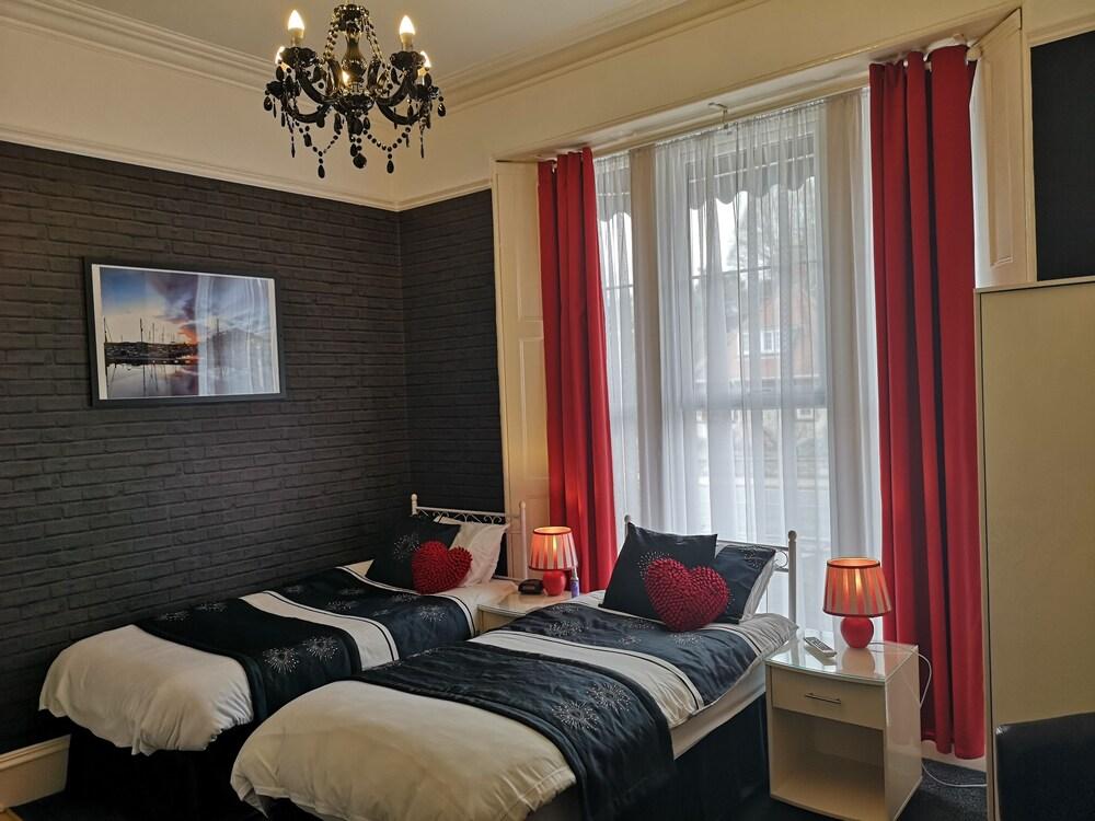 하모니 게스트 하우스(Harmony Guest House) Hotel Image 29 - Guestroom