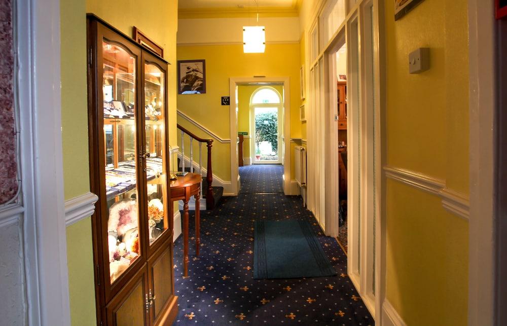 하모니 게스트 하우스(Harmony Guest House) Hotel Image 49 - Hallway