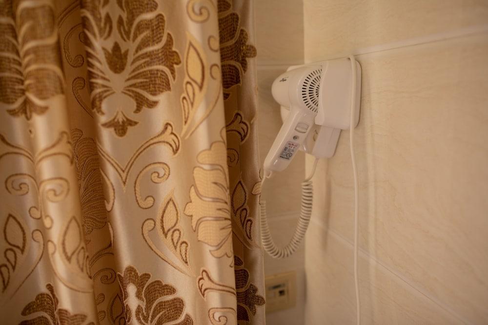 칼튼 게스트 하우스 - 칼튼 그룹 오브 호스텔(Carlton Guest House - Carlton Group of Hostels) Hotel Image 36 - In-Room Amenity