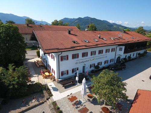 . Landgasthof Goldener Pflug