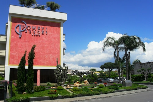 . Pompei Resort
