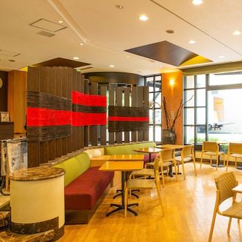THE B TOKYO OCHANOMIZU Lobby Sitting Area