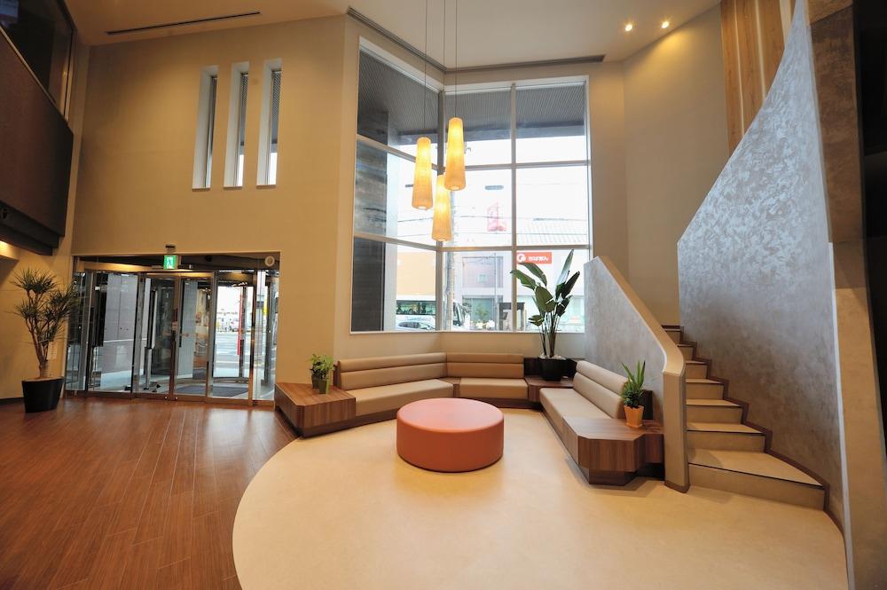 도미 인 소가 내추럴 핫 스프링(Dormy Inn Soga Natural Hot Spring) Hotel Image 0 - Lobby