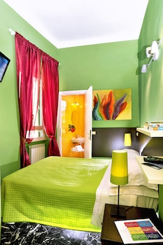 Single Room, Private Bathroom