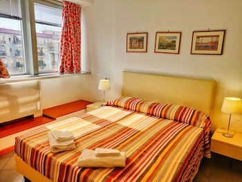 Double Room Single Use, 1 Double Bed (1 Adult)
