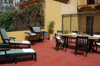 Hotel - AinB Las Ramblas-Guardia Apartments