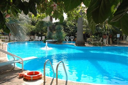. Reginna Palace Hotel