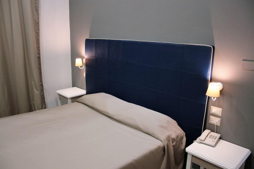 호텔 마젠타(Hotel Magenta) Hotel Image 4 - Guestroom