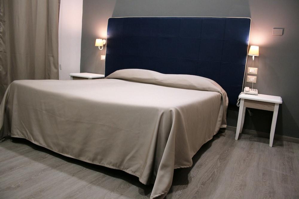 호텔 마젠타(Hotel Magenta) Hotel Image 5 - Guestroom