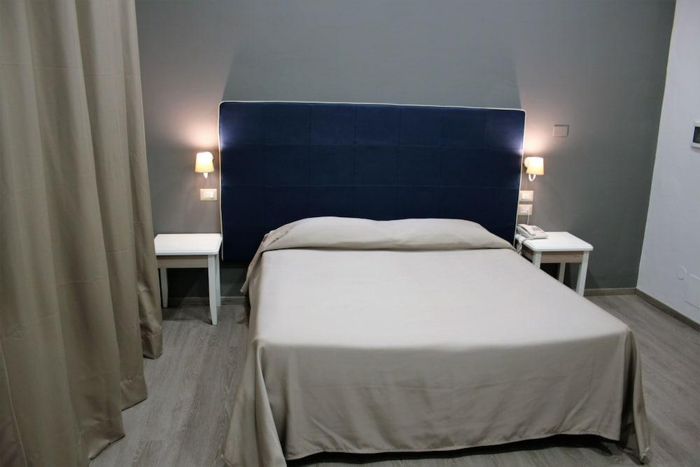 호텔 마젠타(Hotel Magenta) Hotel Image 9 - Guestroom