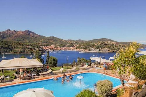 . Grand Hotel Elba International