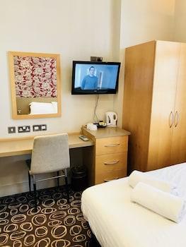 ジ エクセルシオール ホテル