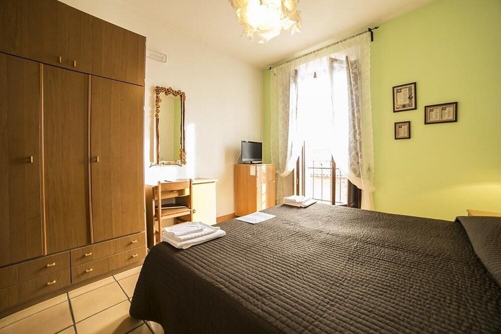 알베르고 안카자니(Albergo Ancajani) Hotel Image 15 - Guestroom