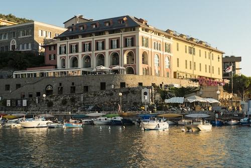 __{offers.Best_flights}__ Grand Hotel Portovenere