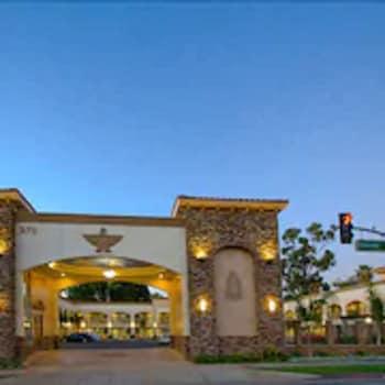 雷鳥旅舍 Thunderbird Lodge in Riverside