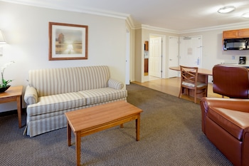 Candlewood Suites San Antonio Downtown - Featured Image  - #0