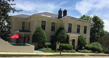Hotel - Thornton House Bed and Breakfast