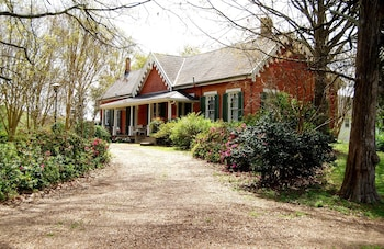 Glenfield Plantation Historic B&B