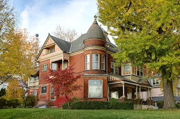 Philip W. Smith Bed & Breakfast