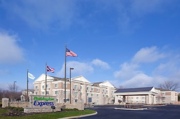 Holiday Inn Express Columbus-Dublin