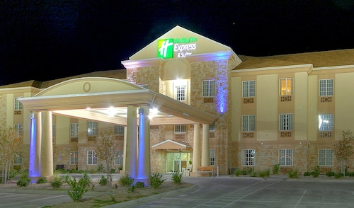 . Holiday Inn Express Hotel & Suites Pecos, an IHG Hotel