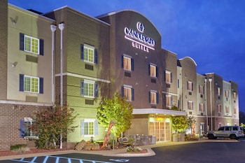 Hotel - Candlewood Suites Milwaukee Airport
